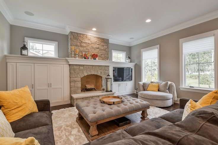 Hellyer Custom Builders new construction home in Naperville, Living Room