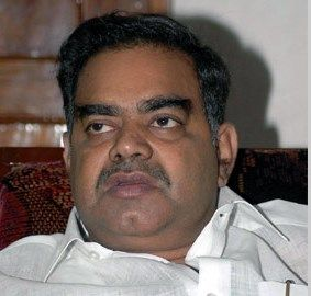 Former Andhra Pradesh minister and Telugu Desam Party (TDP) leader Devineni Nehru died of cardiac arrest on Monday, his family members said. He was 65..