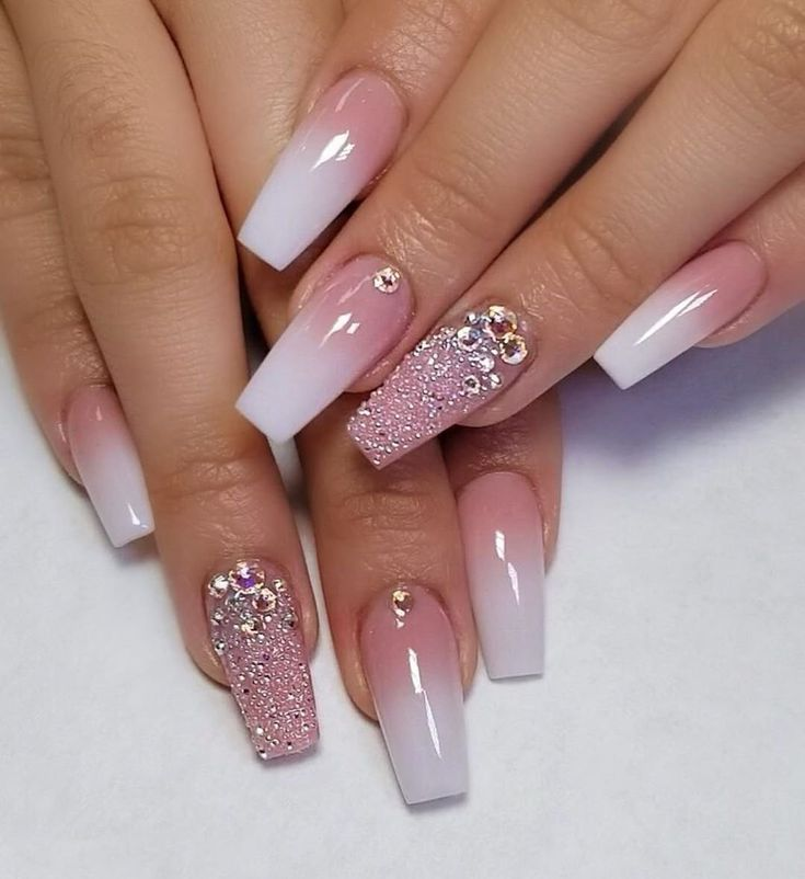 Nail Designs And Nail Art Latest Trends: We Specialize In Nail Art, Share The Latest Nail Art