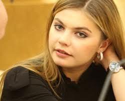 """Алина Кабаева успокоила неравнодушных к ее личной жизни: """"Детей у меня нет"""""""