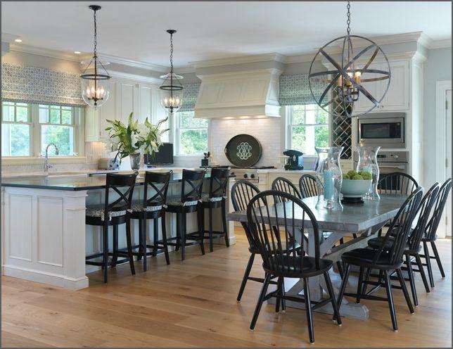 Best 25 light blue paints ideas on pinterest for Light blue dining room ideas