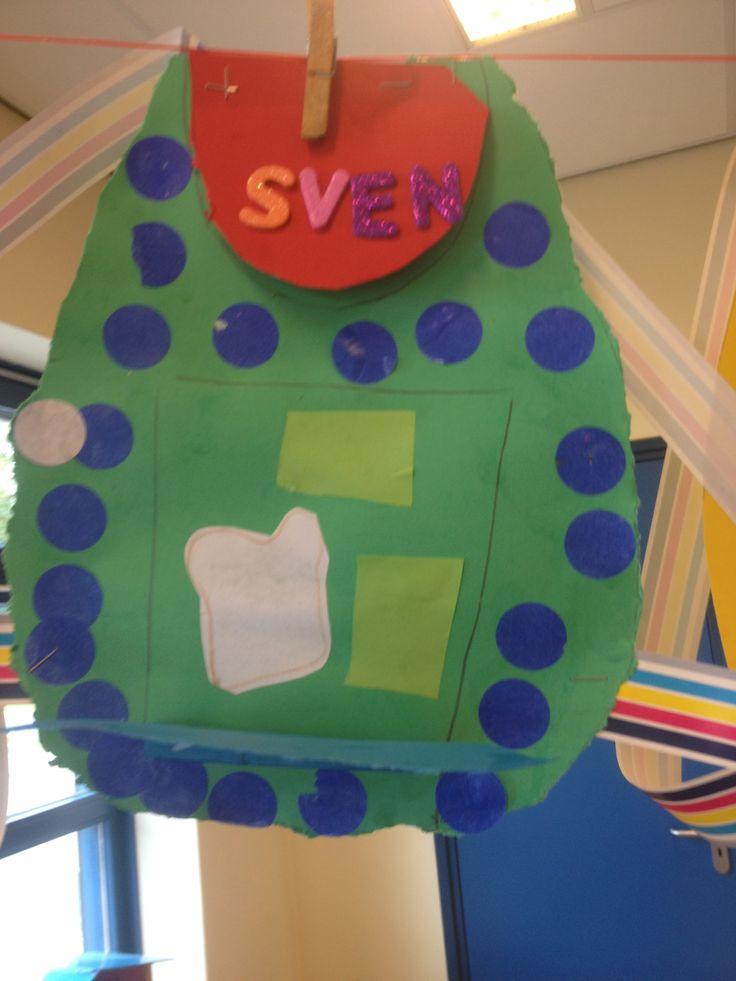 Schooltas + inhoud knippen, plakken. Naam: letters kiezen en plakken augustus 2014