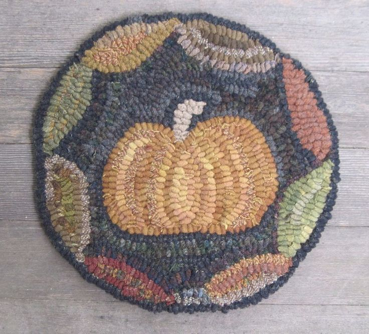 Primitive Hooked Rug  ~ Chair Pad  ~ Fall Pumpkin ~ Folk Art ~ Hand Made #Primitive #TheOldRoseCottage