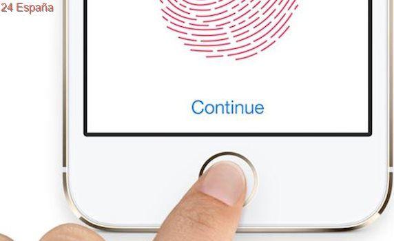 Diseñan una «llave maestra» que engaña al sensor de huellas dactilares de los móviles