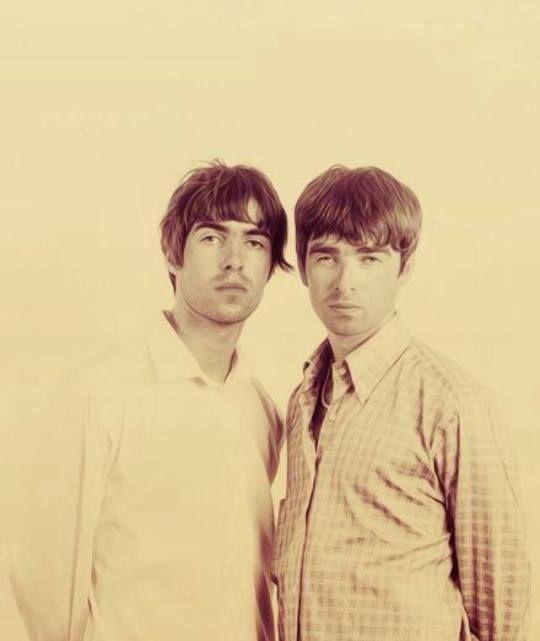 Oasis Fucking The Bushes 112