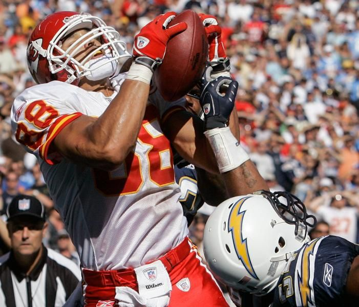 Playing tight end in the NFL, Gonzalez always showed great hands with the Chiefs and the Falcons. Here, he pulls in a 22-yard touchdown pass in the middle of several San Diego Chargers players in the Chiefs' 30-16 victory on Sept.  30, 2007.  (Lenny Ignelzi/AP)