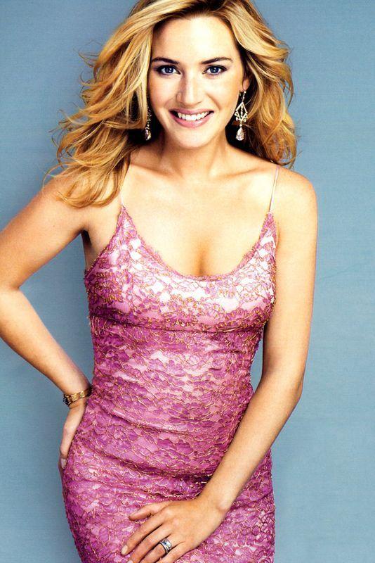 Kate Winslet looking great in pink.