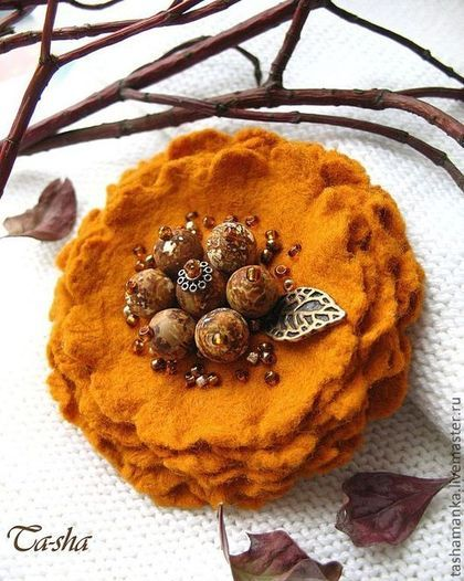 """Honey-colored"" brooch made of natural stones and felt amazingly beautiful color in this brooch - burnt orange, rich honey, with bitterness. The brooch is made by the author of the technology of the Spanish wool blend felt. This is not felted brooch. Six layers of the lightest wool flower petals brooch with a core of natural landscape jasper beads. The volume of glass beads decoration emphasizes the color of bronze and white gold.★"