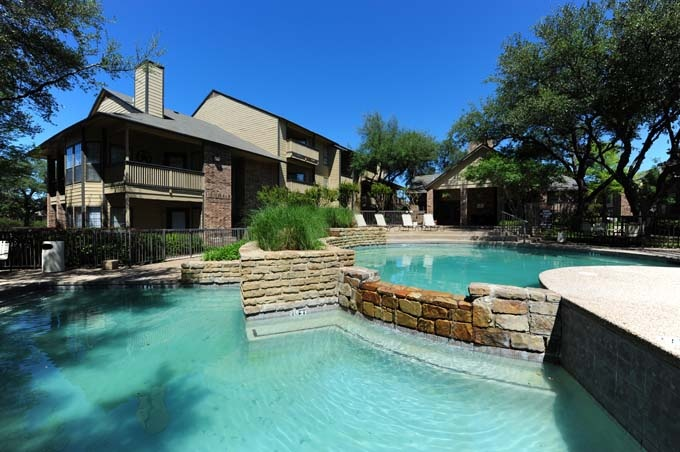 Deer Run Apartments, Dallas TX Apartments for rent