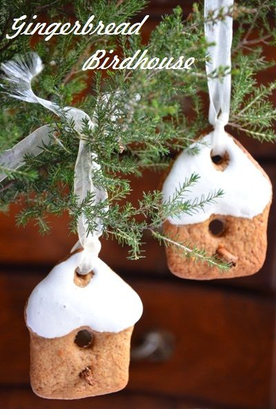 Gingerbread Birdhouse Cookies by paprikapaprika: Scroll down the linked page for the recipe. #Cookies #Gingerbread_Birdhouse_Cookies