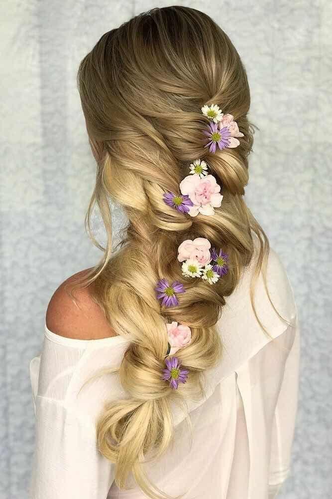 15 Peinados Con Flores Que Te Haran Lucir Mas Bella Peluqueria - Flores-en-el-pelo-para-bodas