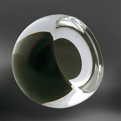 Glass cabinet knob , decorative hardware and lighting with molten glass, gold and silver. Award winning blown glass hardware . #knob #glassknob #unique #decorative #hardware #cabinetknob #doorknob #luxury #luxurious #rich #luxuriousdesign #luxurioushome #luxuriousdetail #interiordesign #interior #design #luxurioushardware #luxuryhardware #motherofpearl #motherofpearlandsons