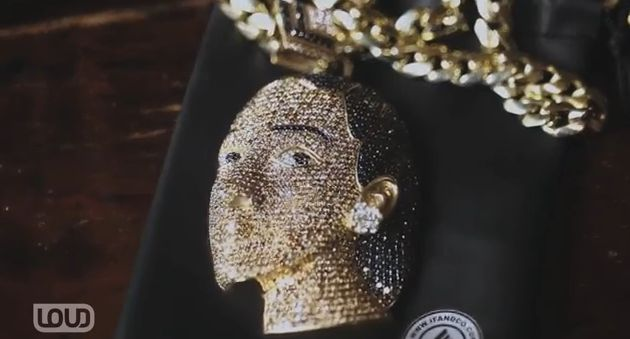 Trinidad James is a different breed of cat when it comes to his music, clothing and jewelry. When the Def Jam emcee decided he wanted a diamond Nefertiti pendant, he called on jeweler to the stars, Ben Baller, to make that happen. #UrbSocietyMag