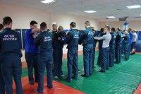 Спецназовцы УФСИН Курской области провели занятие с кадетским классом