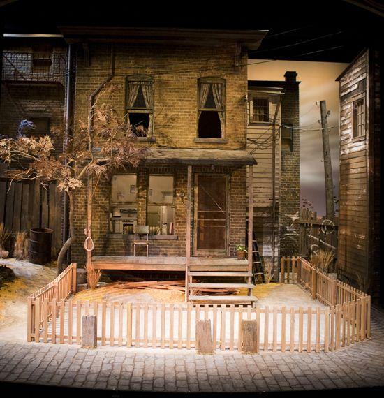 Fences. Arizona Theatre Company. Scenic design by Vicki Smith.