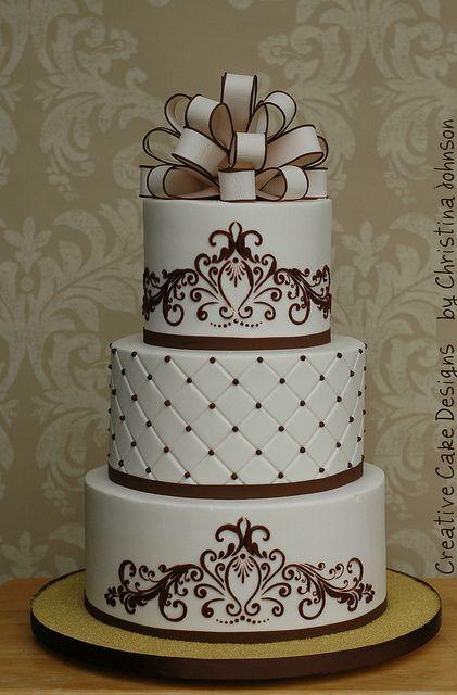 Ivory & Brown Cake
