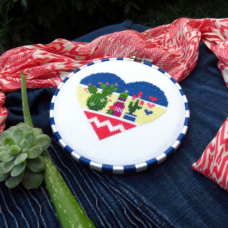 Cactus heart cross stitch pattern. Mexican inspired!