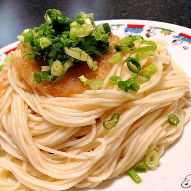 辛子明太子と柚子胡椒を使ったそうめん。 『食べようび』9月号参照。 いただきますm(_ _)m☆ 2013.06.30(日)ランチ - 197件のもぐもぐ - すっきりゆず明太そうめん by masumi0706