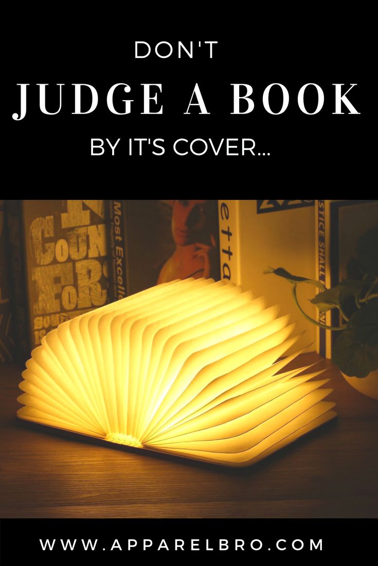 Light reader anyone? 🤗The perfect gift for bibliophiles everywhere! Available now at apparelbro.com 🙏