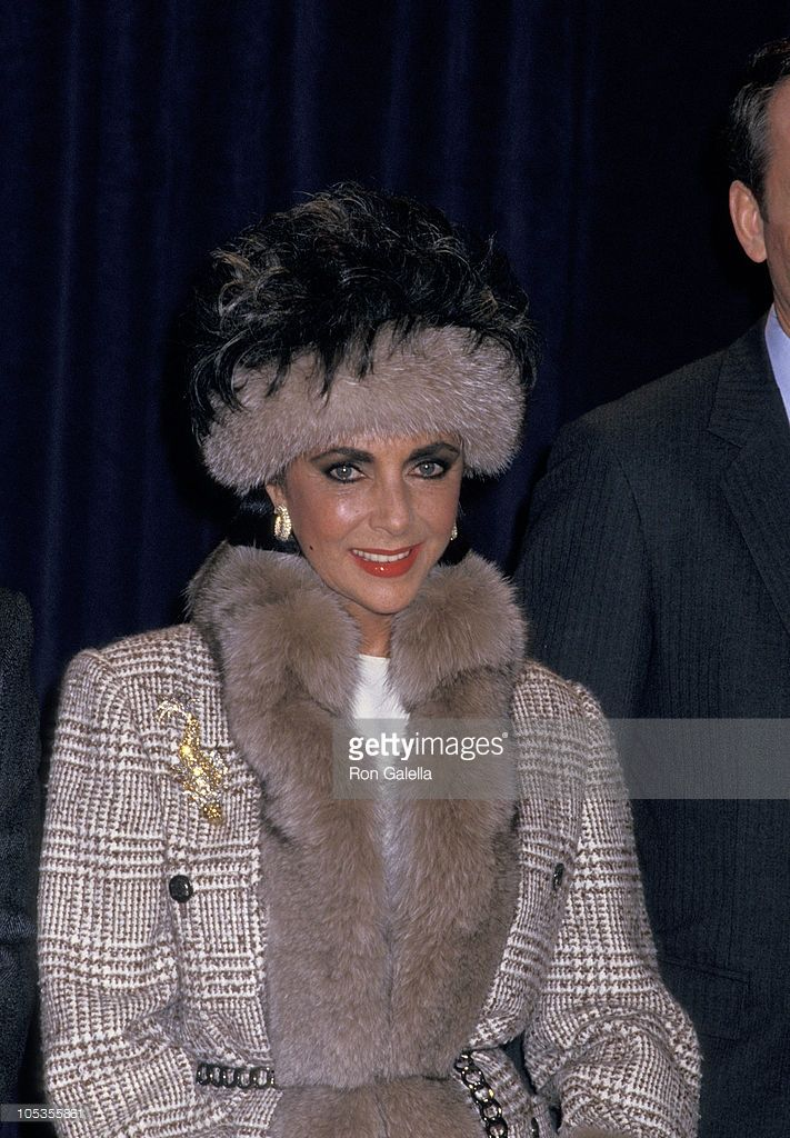 Elizabeth Taylor during Press Conference for Passion Perfume - January 14, 1987 at The Helmsley Palace Hotel in New York City, New York, United States.