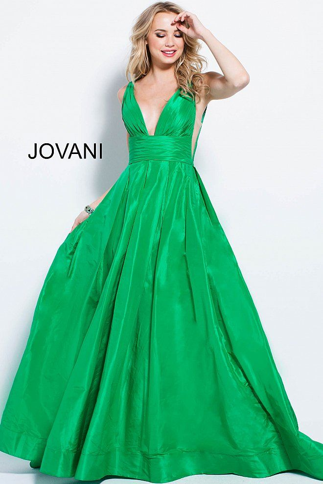 17 best Mardi Gras Ball Gowns images on Pinterest | Prom dresses ...