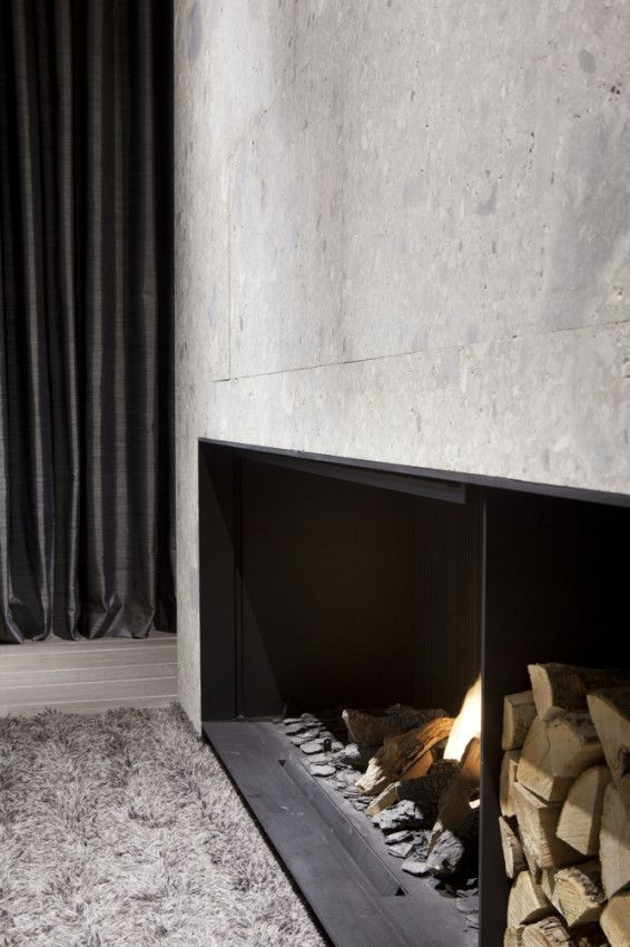 Contemporary fireplace by Remy Meijers.