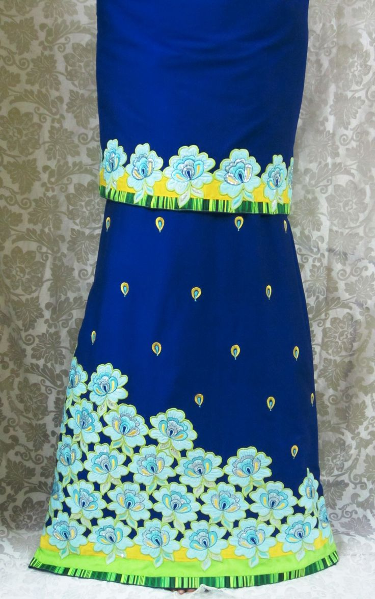 Description - Midnight blue rida designed using cutwork, appliqued, sky blue colored flowers with trims and all over embroidered petal motifs for a chic, stylish evening /occasional look !!  INR - 2800/-