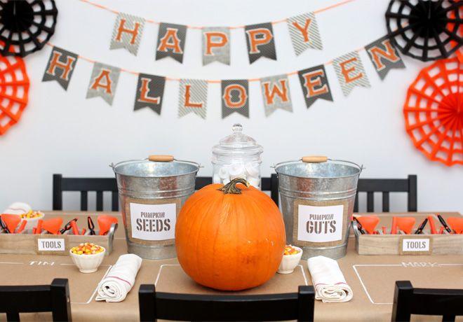 Halloween Decor Pumpkin Carving Tablle