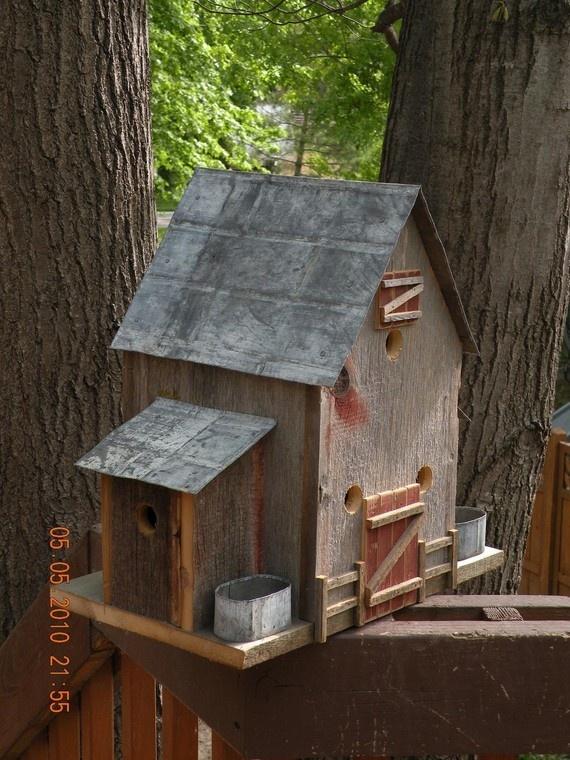 Classic Barn Style Barnboard Birdhouse with Feeders ...