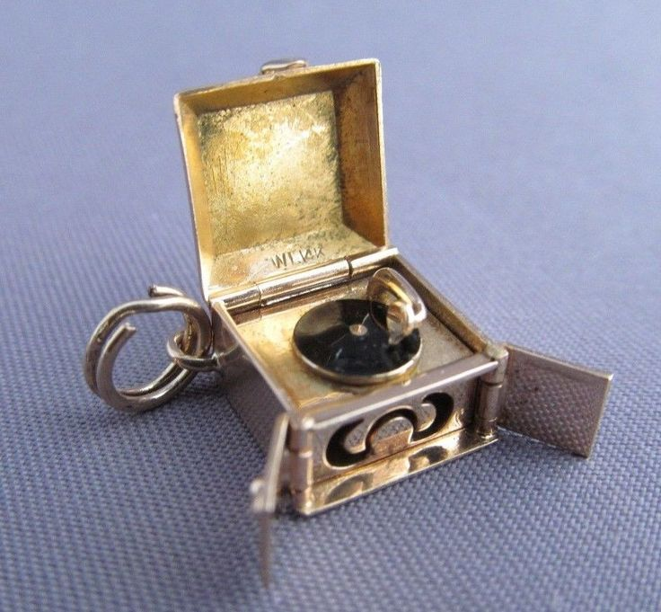 3D VINTAGE 14K ARTICULATED ENAMEL OLD FASHION RECORD PLAYER PHONOGRAPH CHARM in Jewelry & Watches, Vintage & Antique Jewelry, Fine | eBay