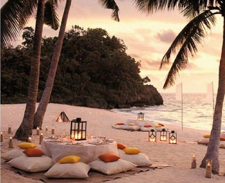 Top 10 Romantic Dinner Table Decors