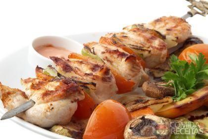 Receita de Espetinhos para churrasco em receitas de aves, veja essa e outras…