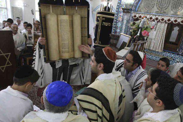 Yahudi, Dikutuk Allah Karena Merahasiakan Kebenaran