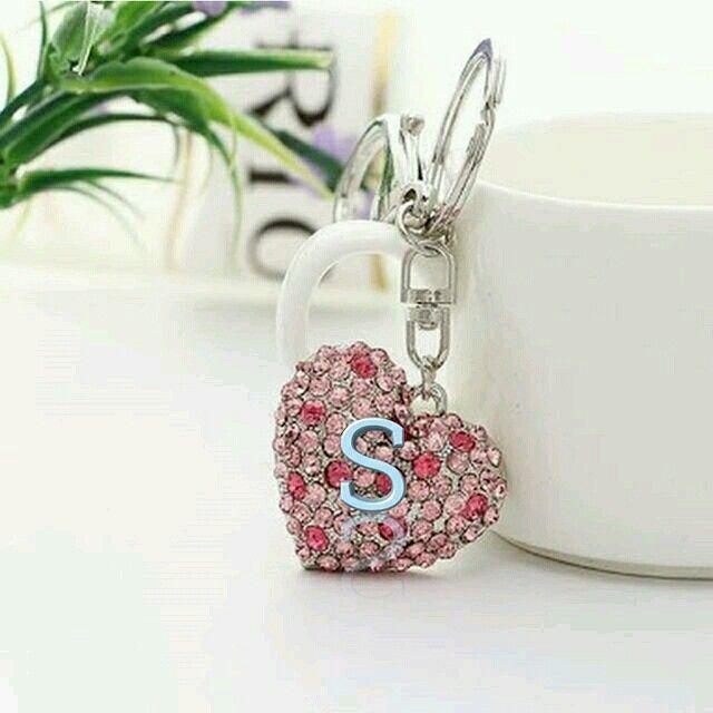The Letter S Pink Heart Keychain Stylish Alphabets Alphabet Wallpaper Alphabet Design