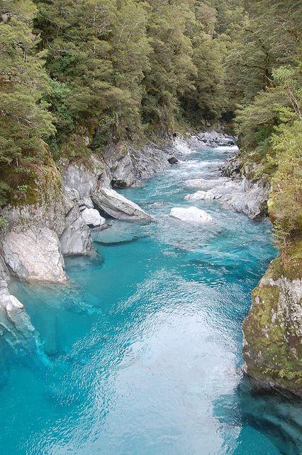 El río de las piscinas azules, en Nueva Zelanda