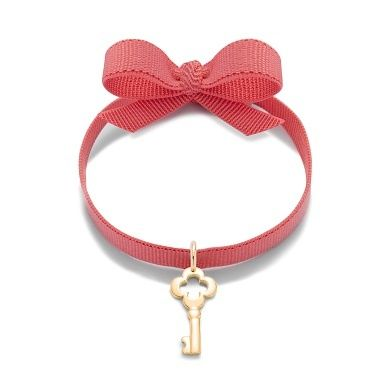 A key to your heart for Christmas? 20,8£ #lilou #key #bracelet #present #christmas #golplated #ribbon
