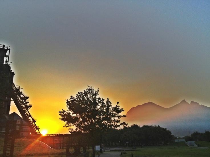 Amanecer Monterrey 25 Oct 2012
