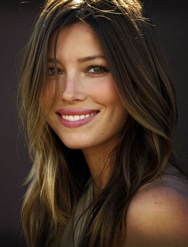 Jessica Biel http://www.creativeboysclub.com/metal-like-creativeboysclub-like-us-on-facebook More