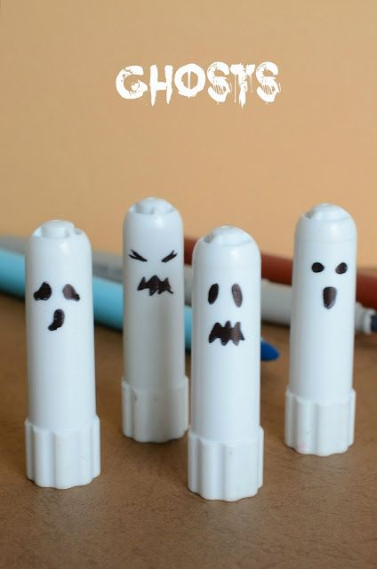 Tutorial di Halloween da fare con i bambini: mini fantasmi