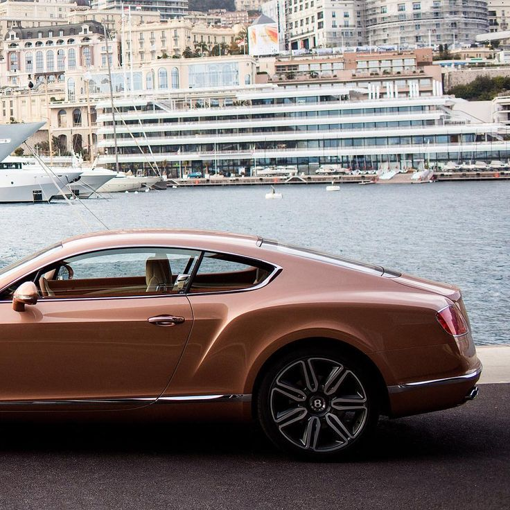 #TomClaeren in #Monaco with #Continental GT V8 in Amber. Link in Bio.