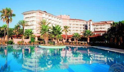 Hotel Akka Alinda - Ultra All Inclusive 5*/ Kemer este situat in statiunea Kiris ,pe malul marii
