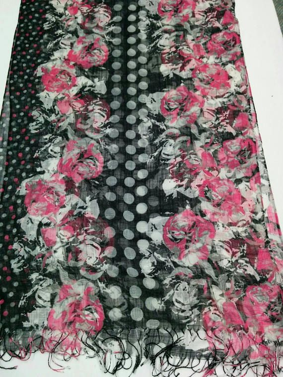 Check out this item in my Etsy shop https://www.etsy.com/listing/577362716/fancy-rose-shawl-scarf