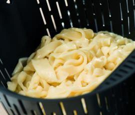 Recept Domácí nudle (zavářka) od Vorwerk vývoj receptů - Recept z kategorie Základní recepty