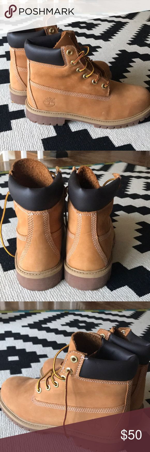 Women's Timberland Boot Like new Timberland Boots - worn only once! Size 8 💕 Timberland Shoes Lace Up Boots