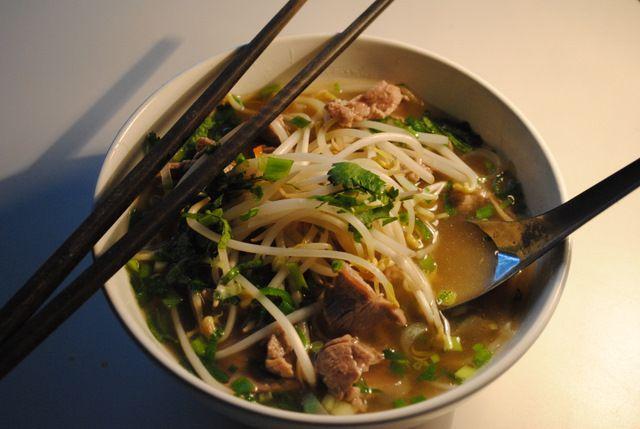 Вьетнамский суп Фо (Pho Bo).