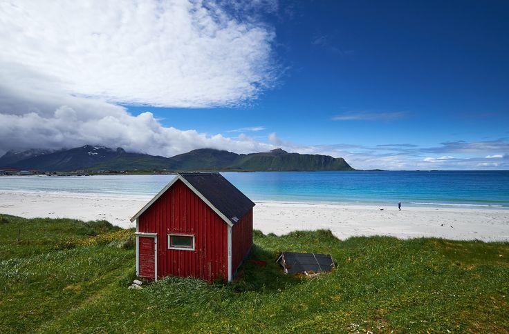 Lofoten beach-cabin