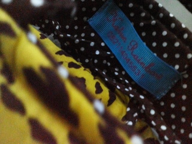 We like to mix & match. #mukena #mixnmatch #colorful #polkadot  Instagram @katunrainbow Keywords: mukena , cotton lace , cotton cloth , katun jepang , vintage , shabbychic, prayer robe