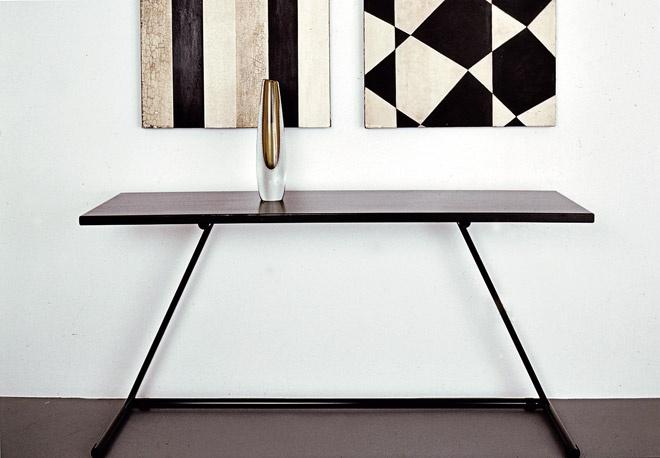 Nice lines. Made by Finnish Designer Jouko Järvisalo