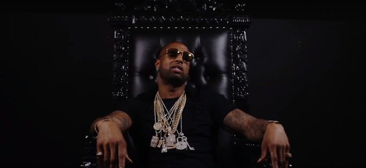 "Slim Thug Performs From His Throne in ""King"" - http://www.trillmatic.com/slim-thug-performs-from-his-throne-in-king/ - Slim Thug shows why he is the Boss and the King of Houston with the new video 'King' from his album ""Hogg Life 4: American King."" #Texas #Houston #King #HoggLife4 #AmericanKing #Trill #3rdCoast #Trillmatic #TrillTimes"
