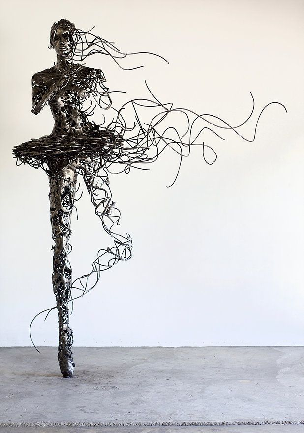 "Regardt van der meulen,""Unravel""  2016, Steel, 2400 x 1600 x 600 mm"